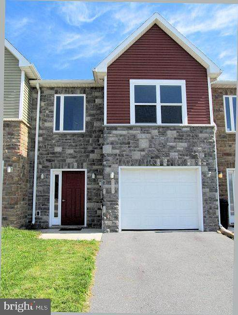 204 Meriweather Drive, CHAMBERSBURG, PA 17201 (#PAFL179742) :: The Craig Hartranft Team, Berkshire Hathaway Homesale Realty