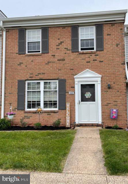 303 Christopher Court, LANSDALE, PA 19446 (#PAMC692254) :: Keller Williams Real Estate