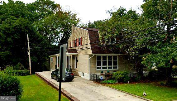719 Hood Road, SWARTHMORE, PA 19081 (#PADE545590) :: Jim Bass Group of Real Estate Teams, LLC