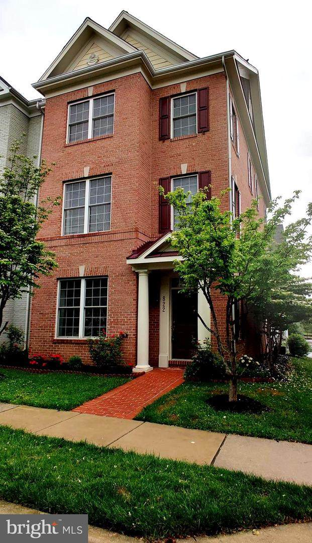 822 Royal Crescent, ROCKVILLE, MD 20850 (#MDMC757542) :: EXIT Realty Enterprises