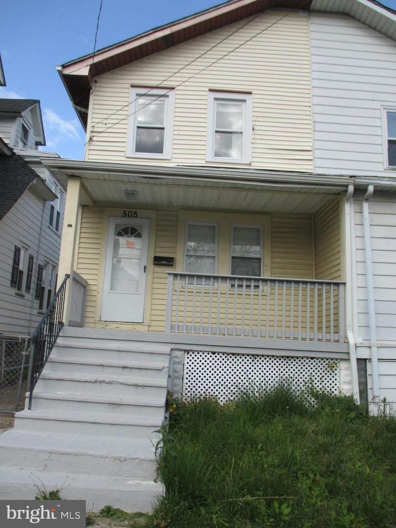505 Wood Street - Photo 1