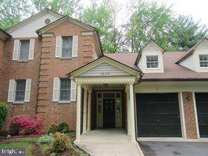 7264 Glen Hollow Court #2, ANNANDALE, VA 22003 (#VAFX1200400) :: The Putnam Group