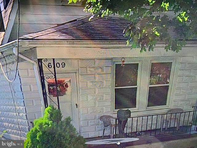 6109 Everall Avenue, BALTIMORE, MD 21206 (#MDBA550674) :: Certificate Homes