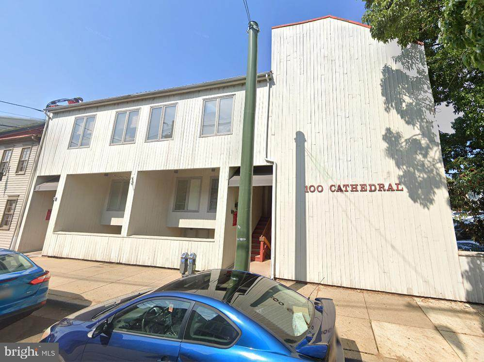 100 Cathedral Street - Photo 1
