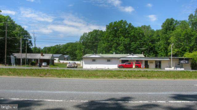1555 Warrenton Road, FREDERICKSBURG, VA 22406 (#VAST232384) :: ExecuHome Realty