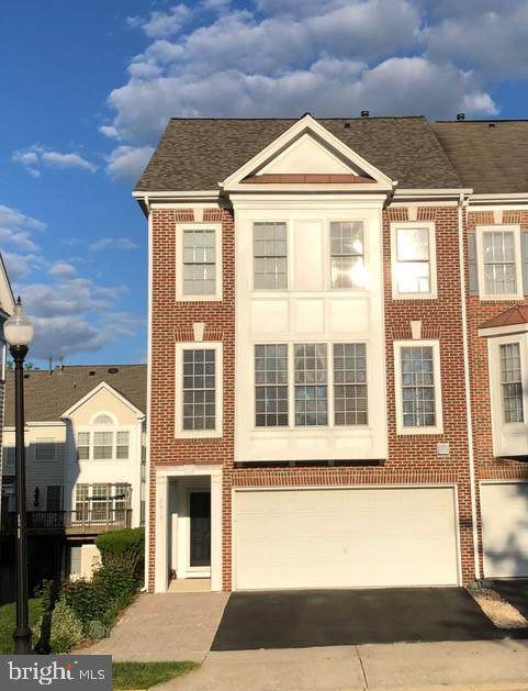 26131 Kennywood Square, CHANTILLY, VA 20152 (#VALO438690) :: Peter Knapp Realty Group