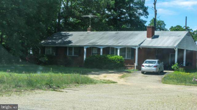 1555 Warrenton Road, FREDERICKSBURG, VA 22406 (#VAST232512) :: ExecuHome Realty