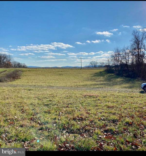 51 W West Middlesex Drive, CARLISLE, PA 17013 (#PACB134950) :: BayShore Group of Northrop Realty