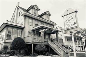 501 Baltimore Avenue - Photo 1