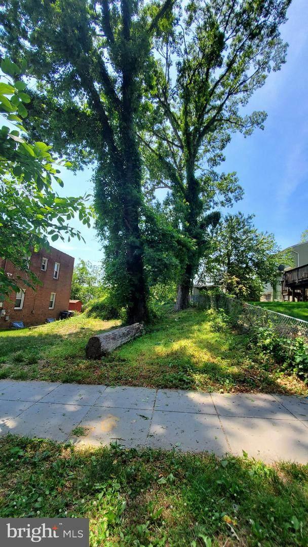 Erie Street SE, WASHINGTON, DC 20020 (#DCDC522572) :: Cortesi Homes