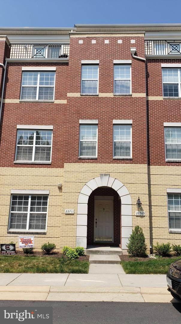 22711 Settlers Trail Terrace, BRAMBLETON, VA 20148 (#VALO439108) :: VSells & Associates of Compass