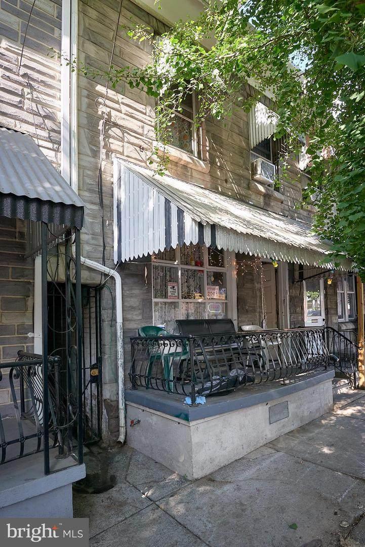 743 Chestnut Street - Photo 1