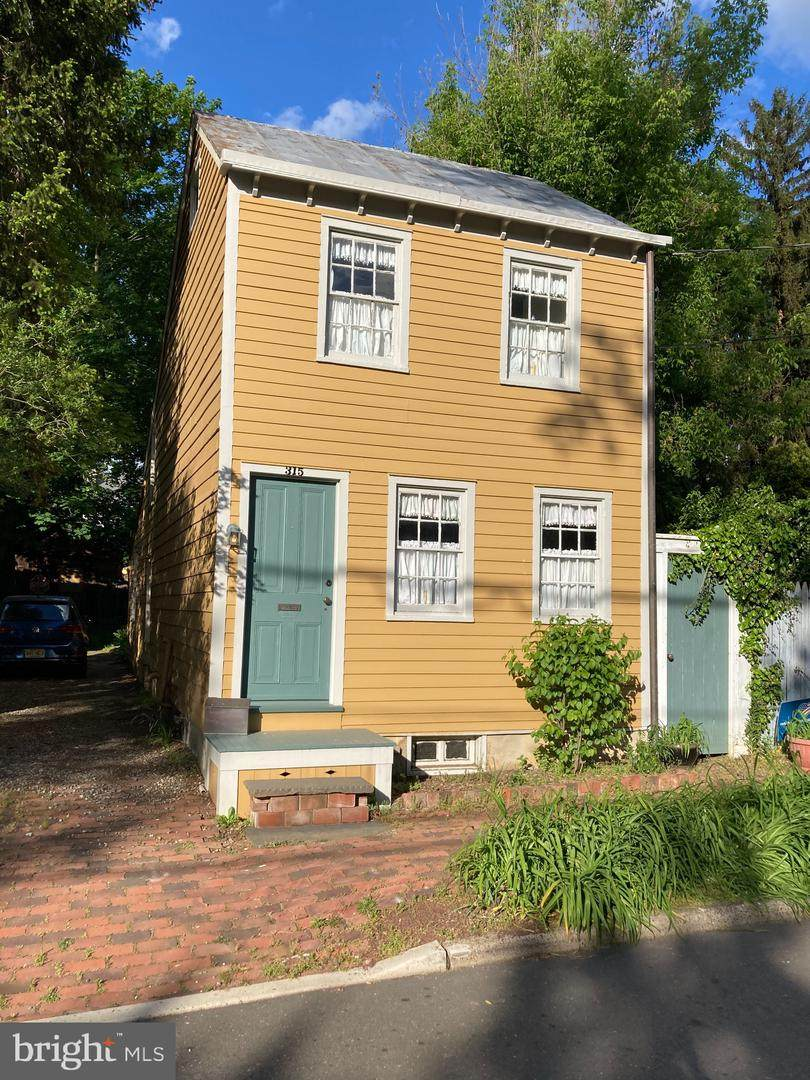 315 Willow Street - Photo 1