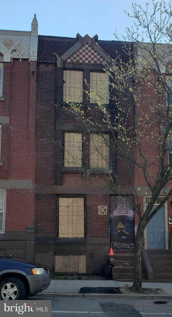 252 Warren Street - Photo 1