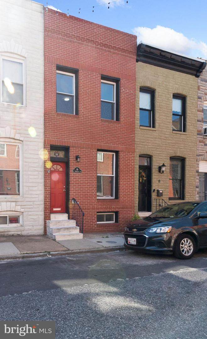 10 Robinson Street - Photo 1