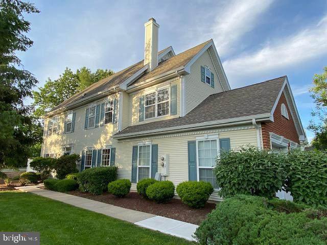 701 Pebble Creek Court, PENNINGTON, NJ 08534 (#NJME313068) :: Jason Freeby Group at Keller Williams Real Estate