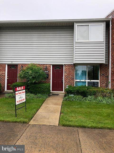 13235 Keach Place, HERNDON, VA 20170 (#VAFX1204436) :: Debbie Dogrul Associates - Long and Foster Real Estate