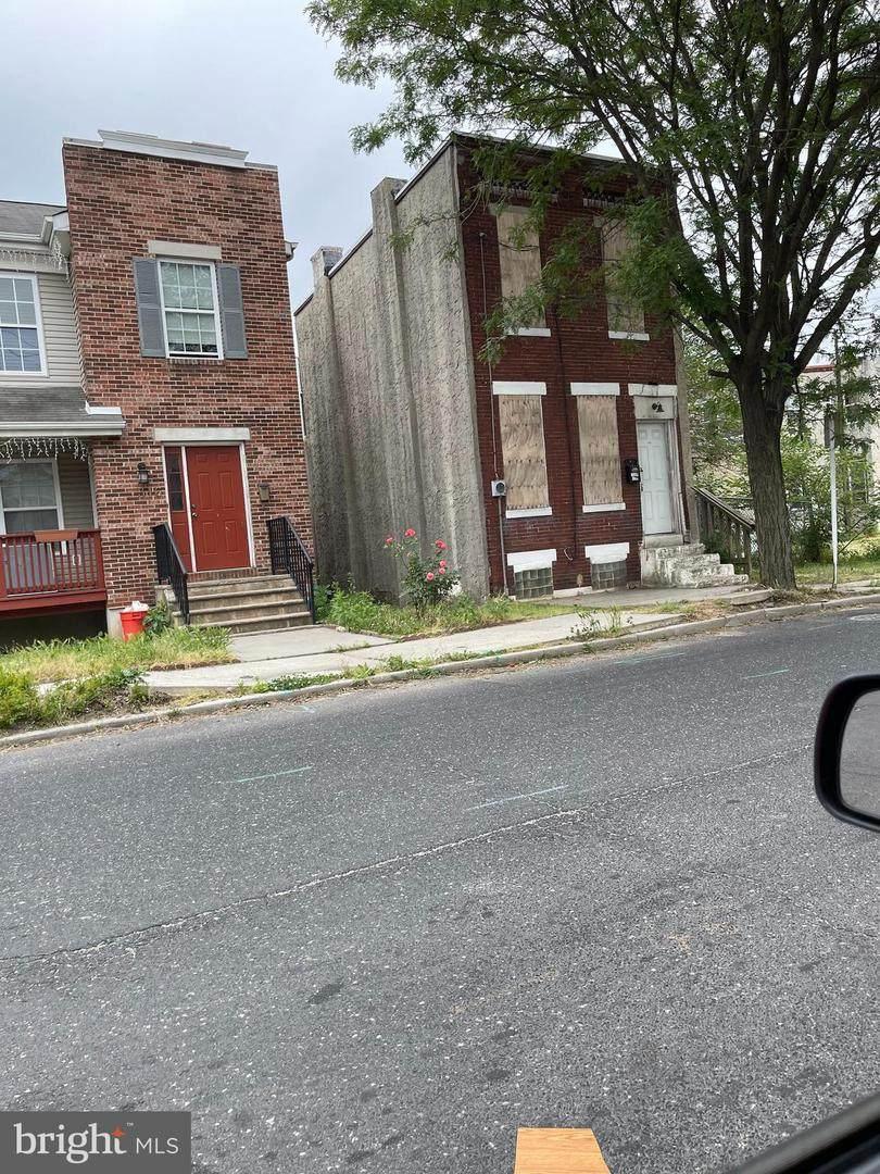 312 10TH Street - Photo 1