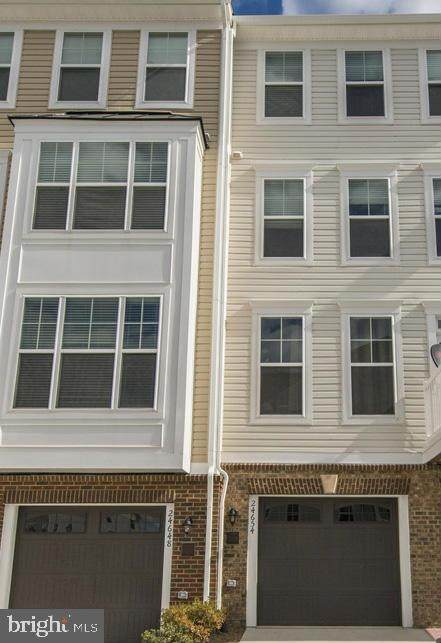 24654 Jackalope Terrace, ALDIE, VA 20105 (#VALO439774) :: Pearson Smith Realty