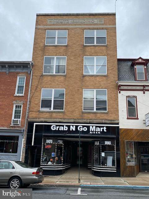 228/230 W Main Street, KUTZTOWN, PA 19530 (#PABK378398) :: Colgan Real Estate
