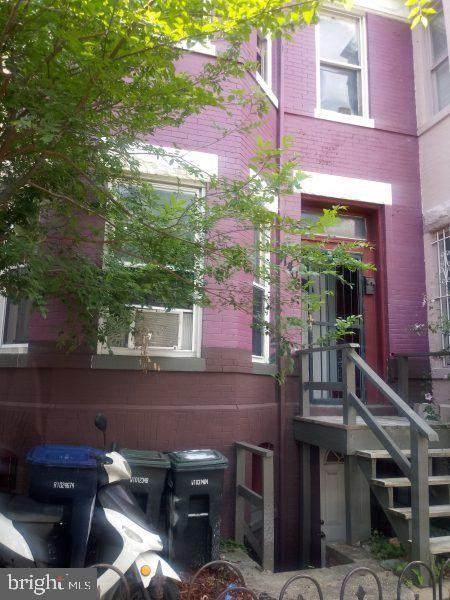 1406 5TH Street - Photo 1