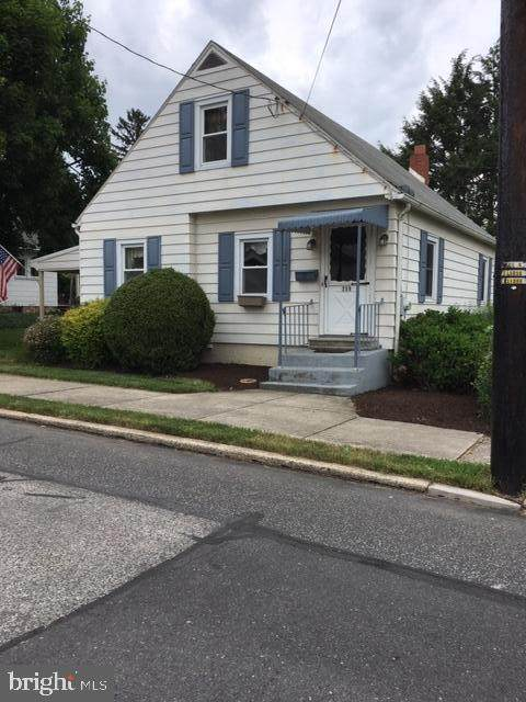 239 Webster Street, CARLISLE, PA 17013 (#PACB135484) :: Realty ONE Group Unlimited