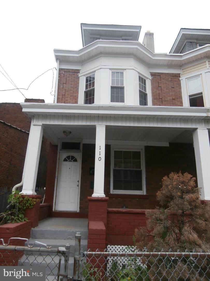 110 Hoffman Avenue - Photo 1