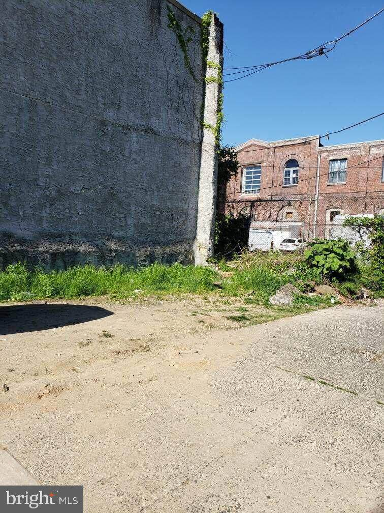 1462 Corlies Street - Photo 1
