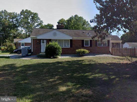 5201 Cedar Road, ALEXANDRIA, VA 22309 (#VAFX1206220) :: Nesbitt Realty