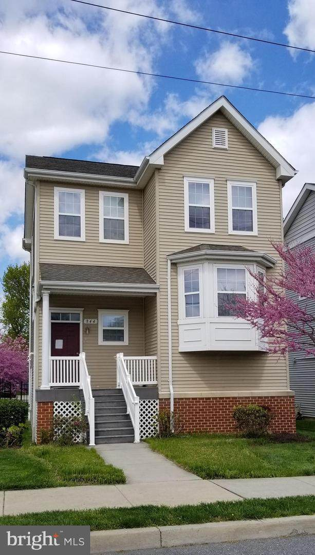 844 Main Avenue, HAGERSTOWN, MD 21740 (#MDWA180286) :: The Mike Coleman Team