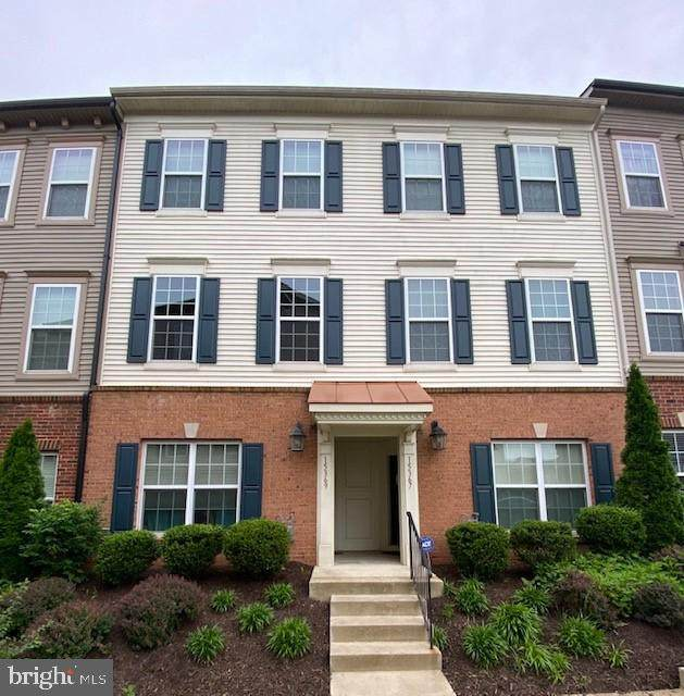 15369 Rosemont Manor Drive #50, HAYMARKET, VA 20169 (#VAPW524730) :: Grace Perez Homes