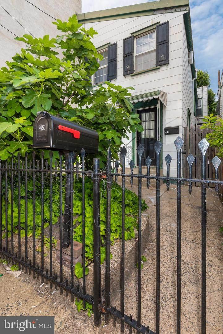 1441 Oxford Street - Photo 1
