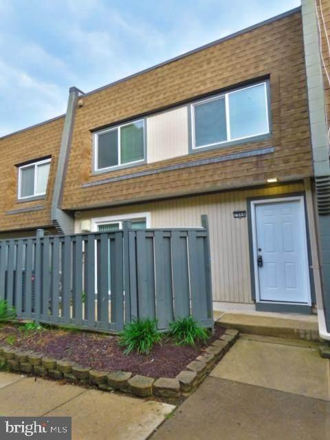 7944 Silverada Place D, ALEXANDRIA, VA 22309 (#VAFX1207804) :: Peter Knapp Realty Group