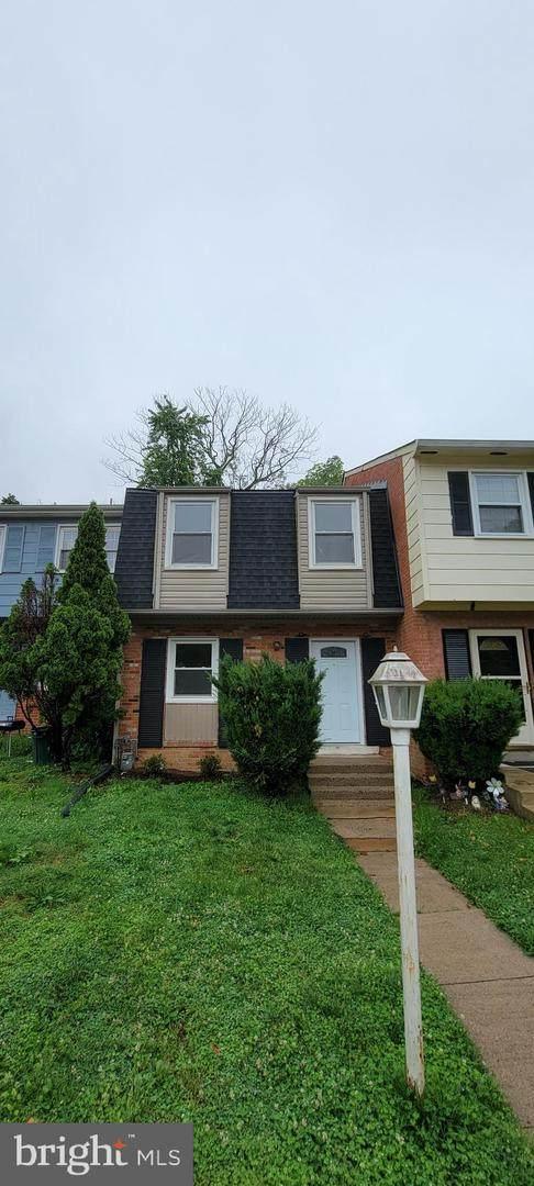 15009 Ashdale Circle, WOODBRIDGE, VA 22193 (#VAPW525300) :: Jennifer Mack Properties