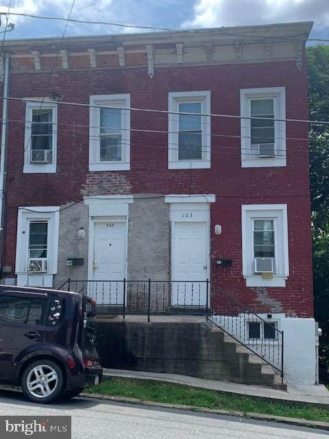 563 Arch Street - Photo 1