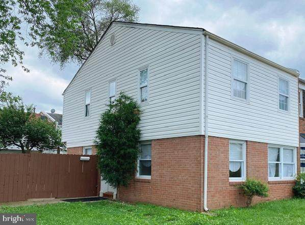 8107 Community Drive, MANASSAS, VA 20109 (#VAPW525696) :: Jennifer Mack Properties