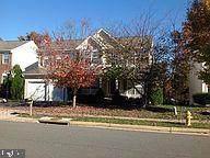 8213 Tenbrook, GAINESVILLE, VA 20155 (#VAPW525760) :: Cortesi Homes