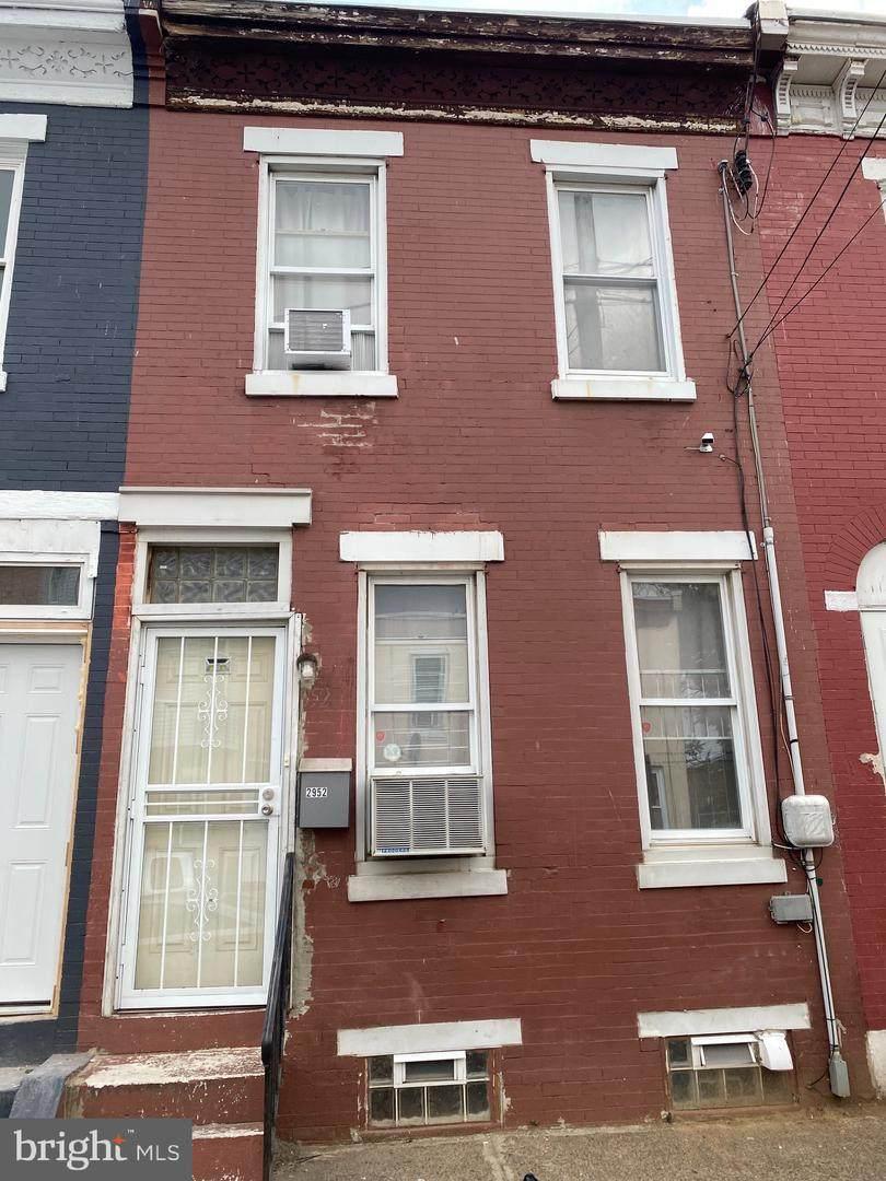 2952 Rorer Street - Photo 1