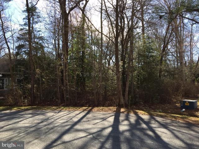 8 Laurel Trail, OCEAN PINES, MD 21811 (#1001563174) :: RE/MAX Coast and Country