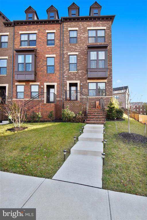 5712 11TH Road N, ARLINGTON, VA 22205 (#VAAR2000100) :: Nesbitt Realty