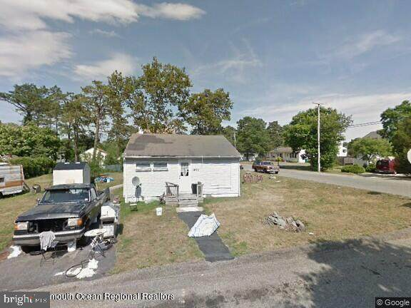 1400 Middlesex Street, TOMS RIVER, NJ 08757 (#NJOC2000044) :: John Lesniewski | RE/MAX United Real Estate