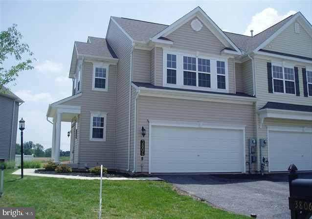 3806 Kings Lane, DOVER, PA 17315 (#PAYK2000106) :: Realty ONE Group Unlimited