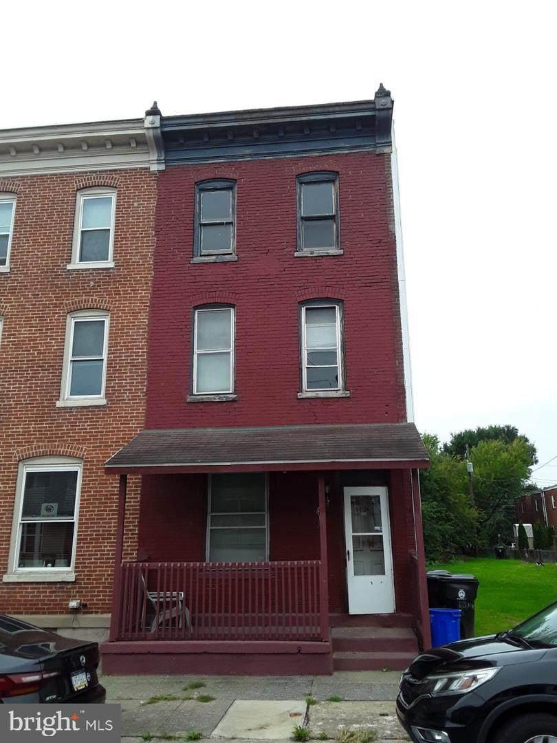 1636 4TH Street - Photo 1