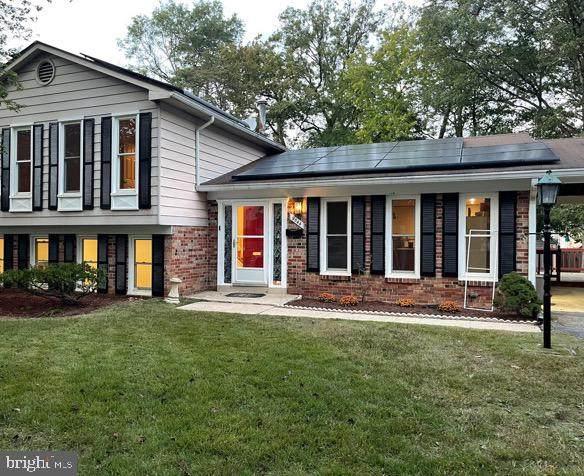 9544 Elvis Lane, LANHAM, MD 20706 (MLS #MDPG2000189) :: Maryland Shore Living   Benson & Mangold Real Estate