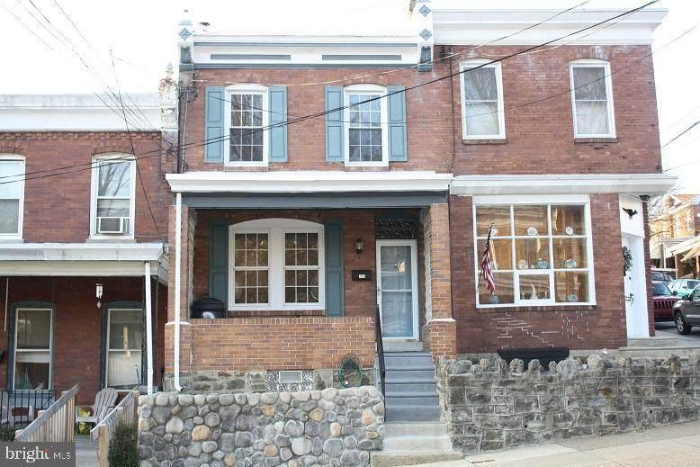 298 Leverington Avenue - Photo 1