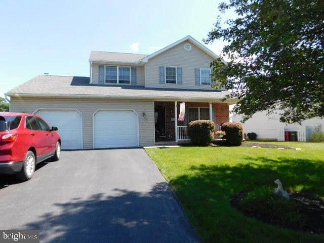 328 Carriage Drive, WERNERSVILLE, PA 19565 (#PABK2000310) :: Jason Freeby Group at Keller Williams Real Estate