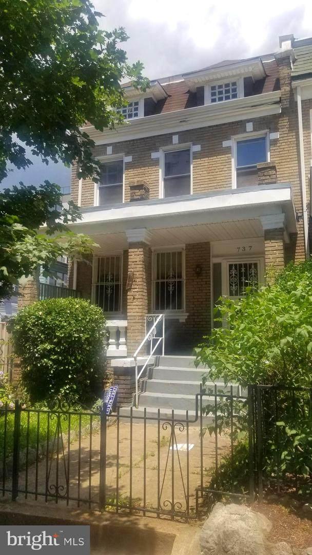 737 Otis Place NW, WASHINGTON, DC 20010 (#DCDC2001010) :: Crossman & Co. Real Estate