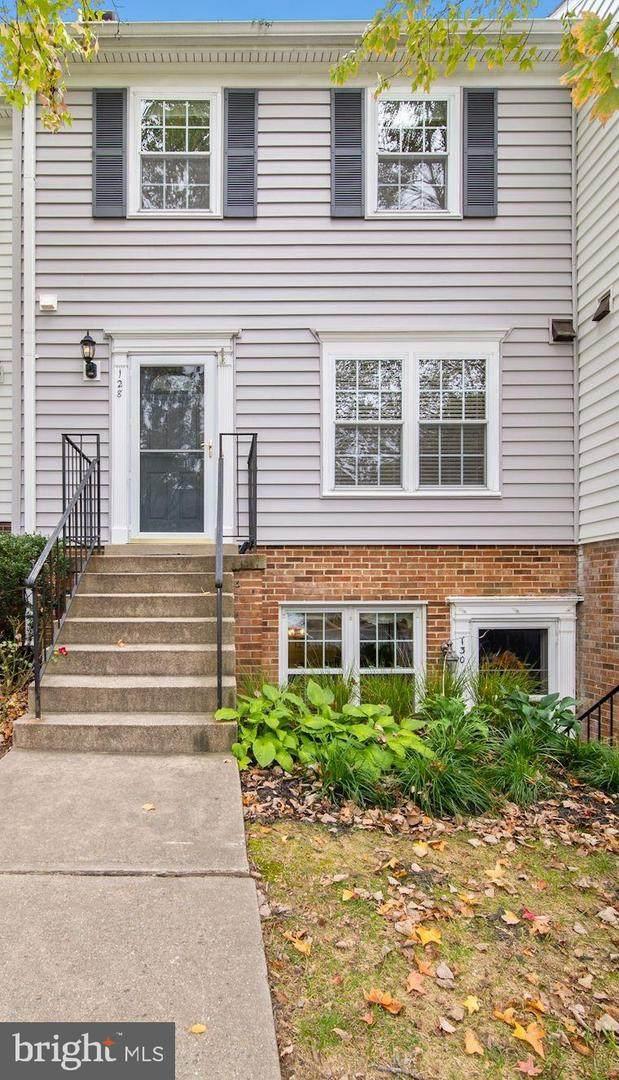 128 Bent Twig Lane #345, GAITHERSBURG, MD 20878 (#MDMC2000825) :: Dart Homes