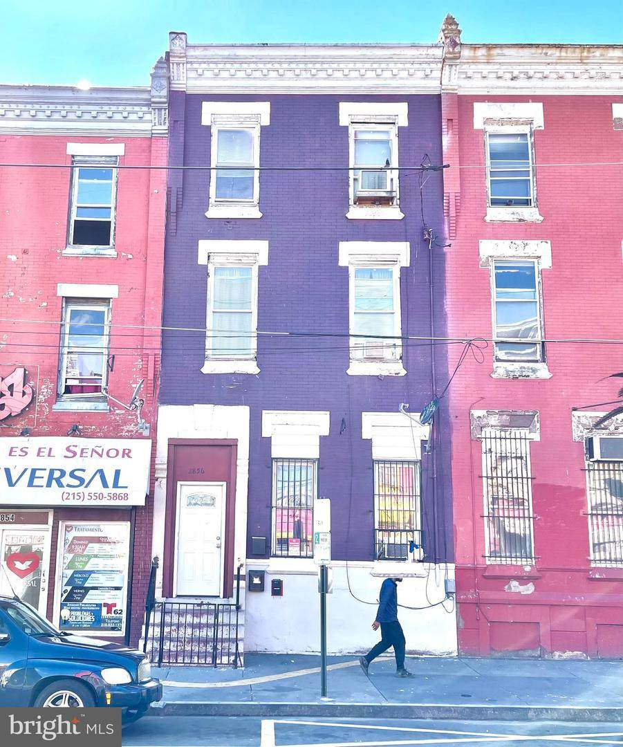 2856 5TH Street - Photo 1
