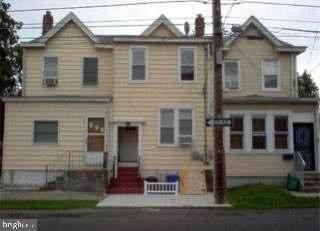 27 E Maple Avenue, MORRISVILLE, PA 19067 (MLS #PABU2000481) :: Kiliszek Real Estate Experts